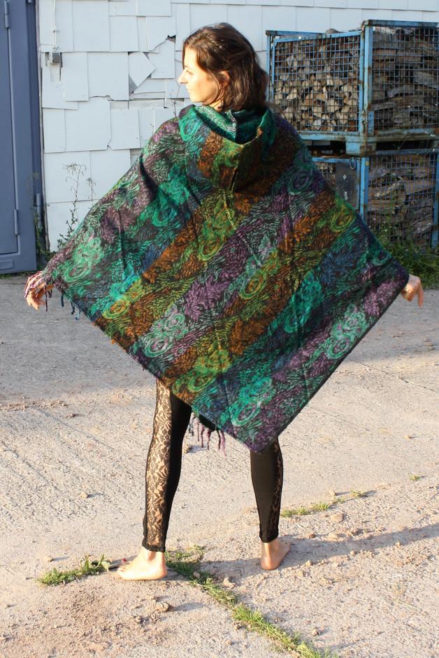 Warmer Poncho mit Zipfelkapuze Damen Grün