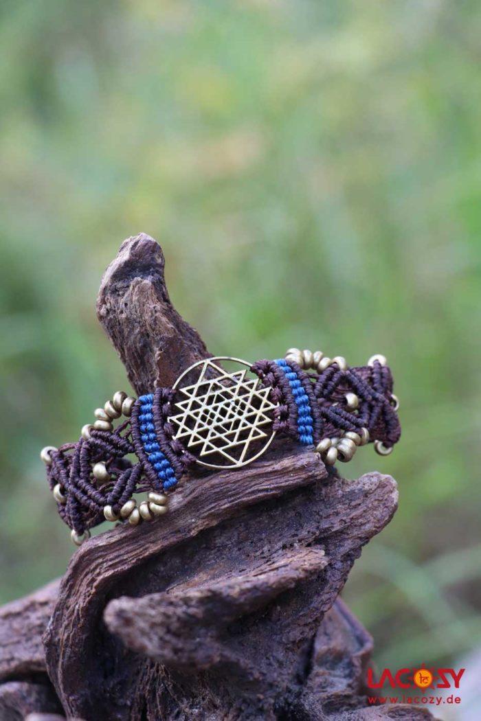 Makrame Armband SHRI YANTRA  Braun | Blau | Gold