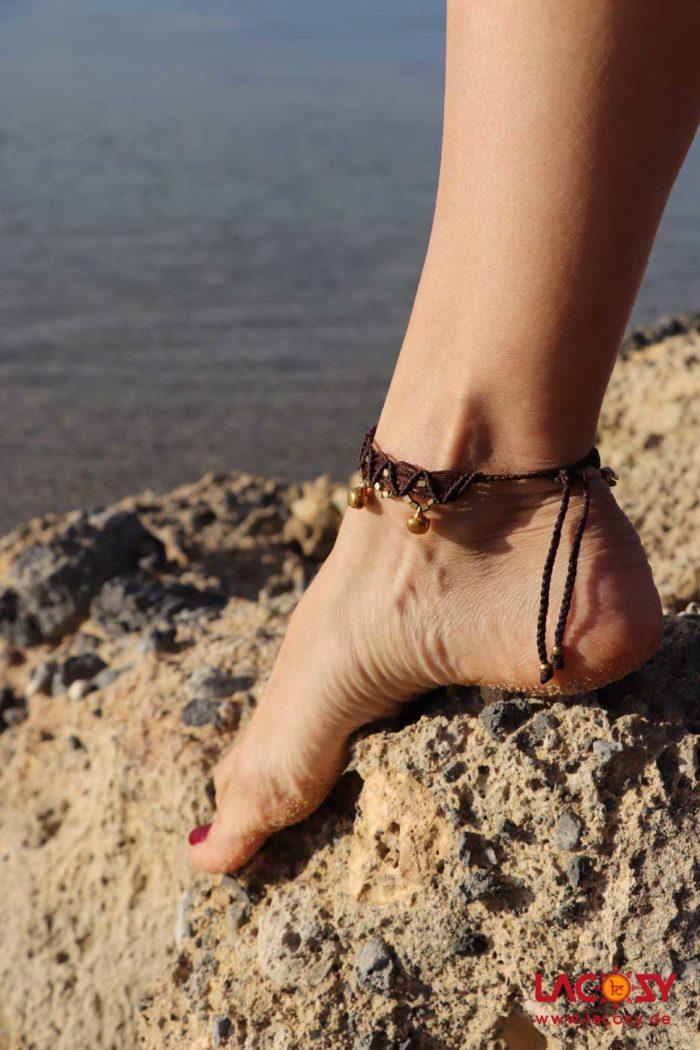 Makrame Fußkettchen BELLS  Braun | Gold